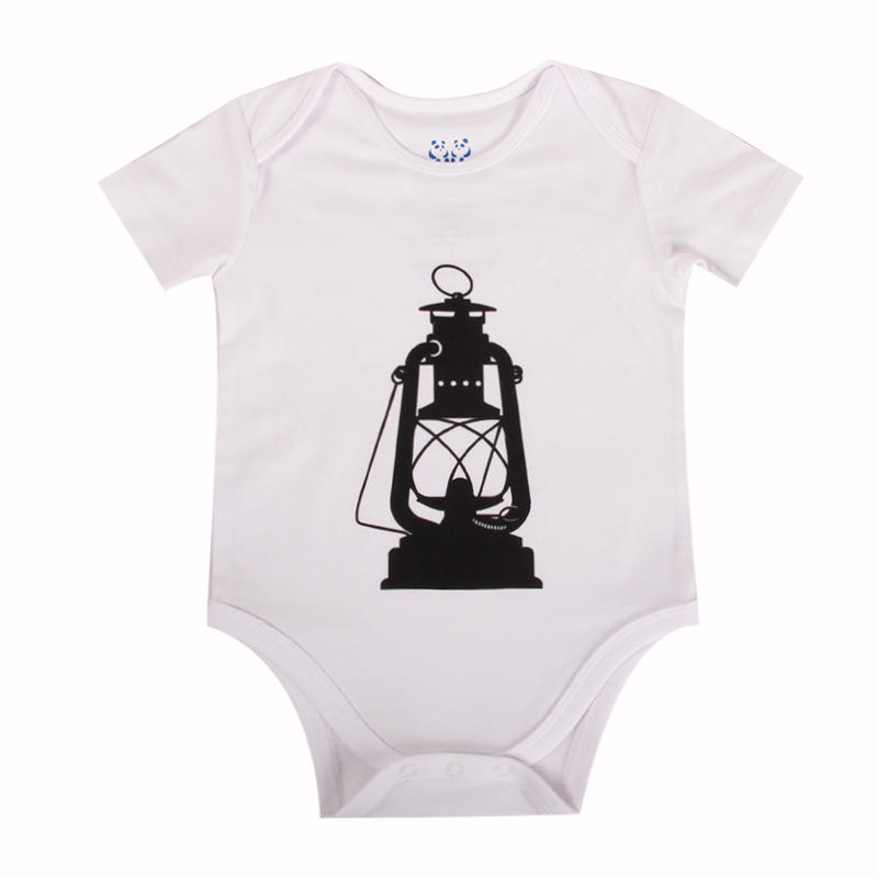 Cute baby clothes with classic short sleeve envelope neck